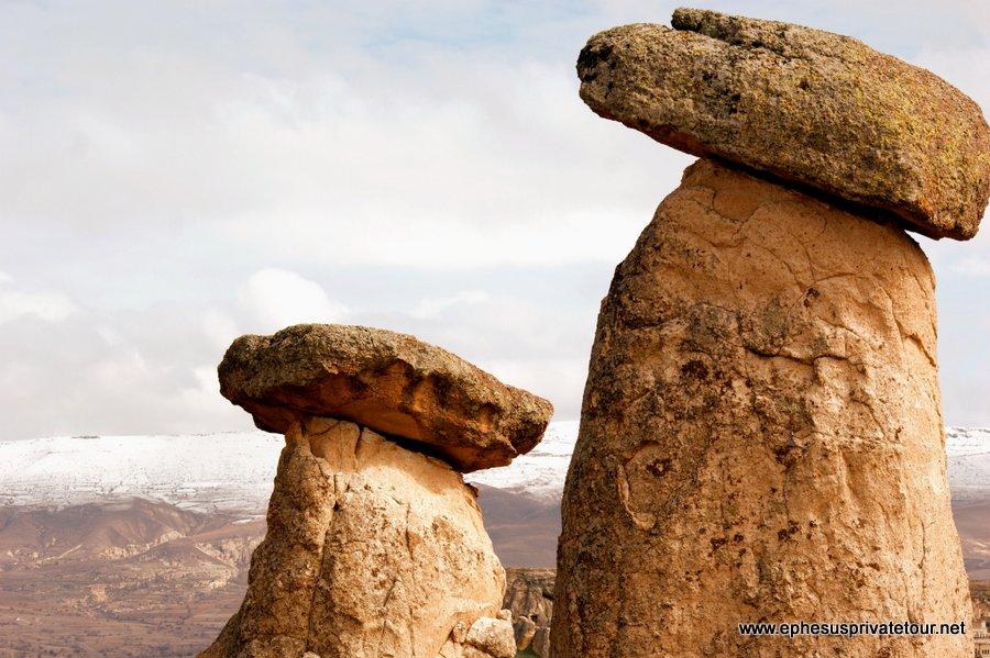 http://www.tourdeefesoprivado.com/wp-content/uploads/2014/11/Rose-Valley-Kaymakli-Underground-city-Cappadocia-8.jpg