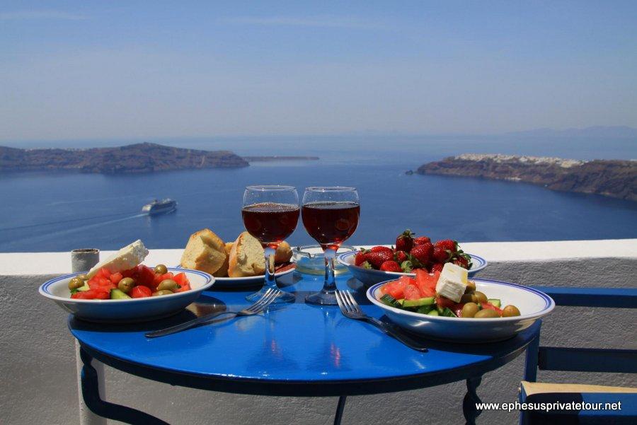 http://www.tourdeefesoprivado.com/wp-content/uploads/2014/12/Greece-tour-5.jpg